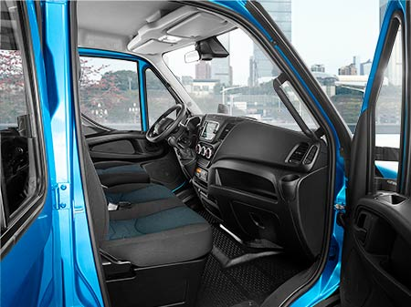 CLICK-DPBR-IVECO-NEW_DAILY-2020_0120_C.png
