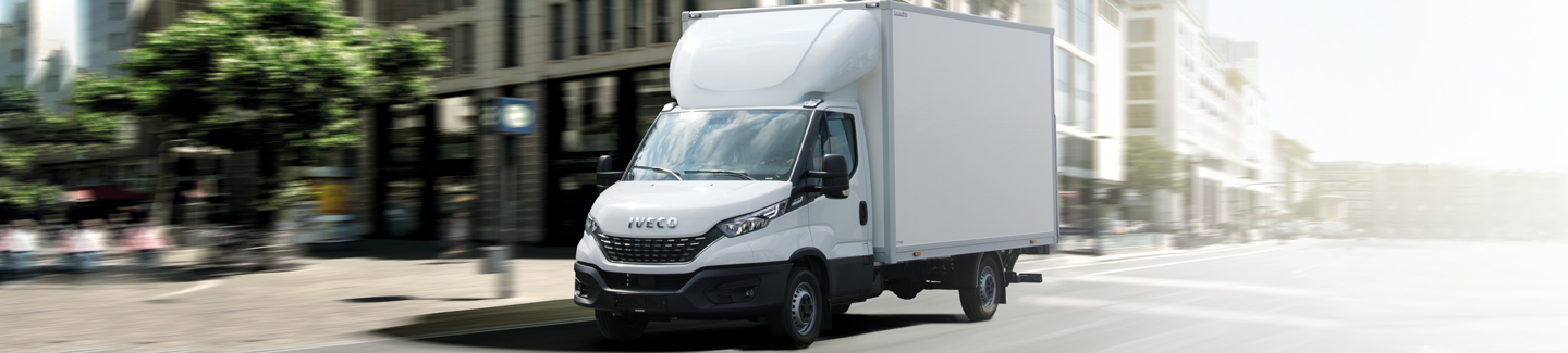 NY IVECO DAILY BOX LIFT