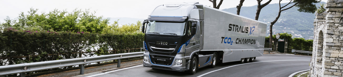 Iveco New Stralis TCO2 Champion achieves two TÜV certificates: -11.2% fuel consumption for the truck and -10% for TCO2 Live services