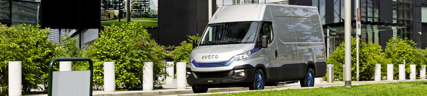 "IVECO Daily wins the ""Sustainable Truck of the Year"" award for the second year running with the new Daily Hi-Matic Natural Power, an absolute first in sustainability in its sector"