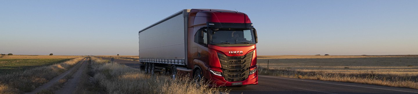 New IVECO S-WAY: the 100% connected, driver-centric long-haul truck