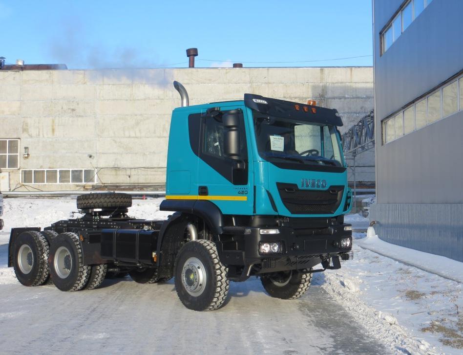 IVECO-AMT_Trakker-tractors6x4