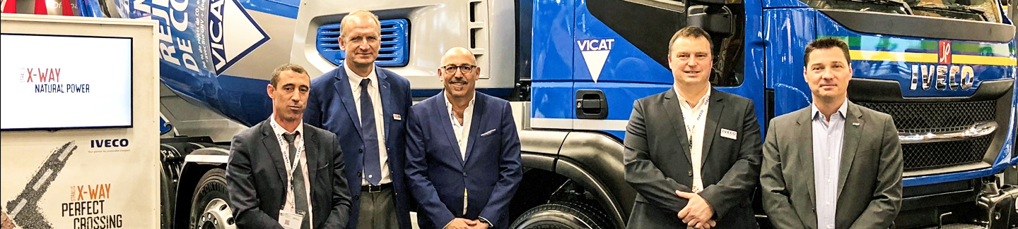 At Intermat Paris, Transport Jacky Perrenot signs supply agreement for 6 Stralis X-WAY NP