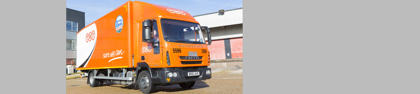 Eurocargos back in orange for TNT Express