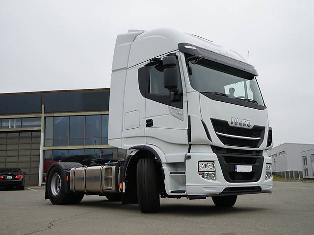 Iveco-Stralis-AS440S4 TP 2017